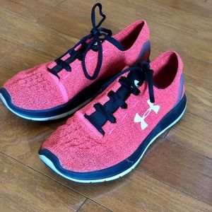 Under Armour Charged Women's Shoes Red Size 9.5